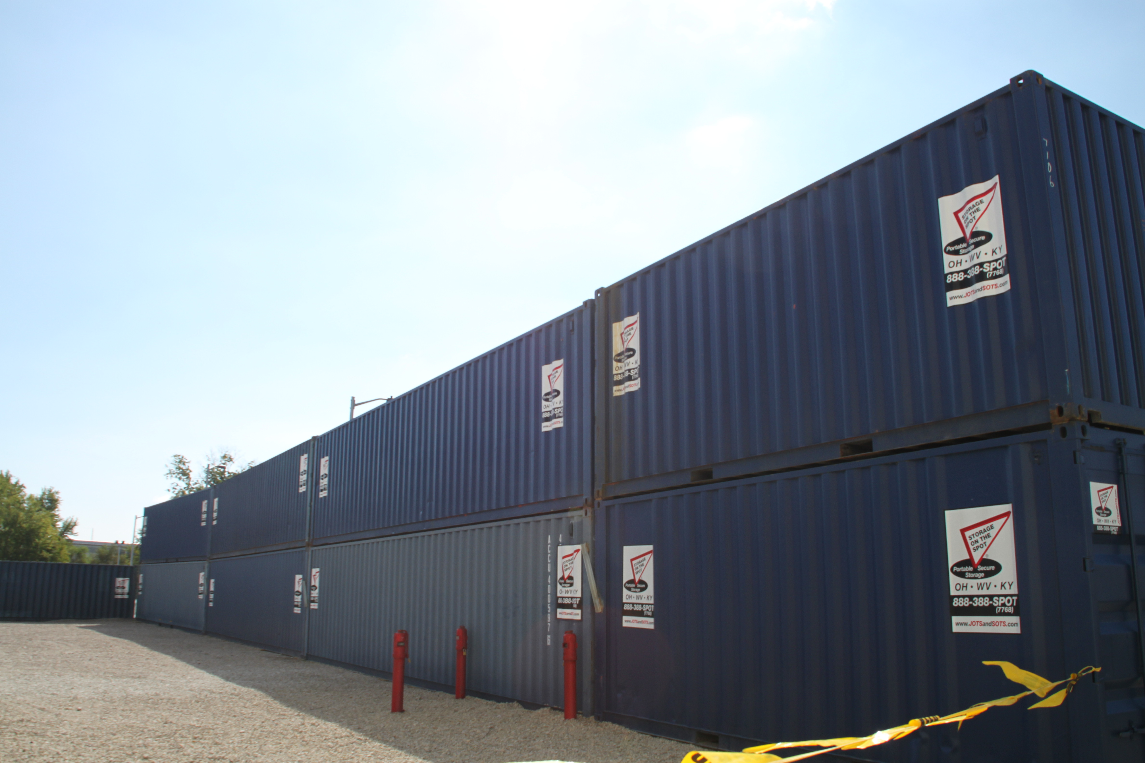 Blog storage container for a construction site